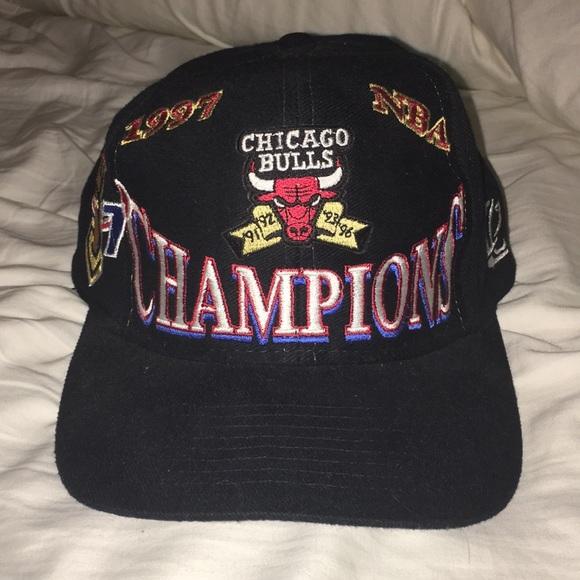 Vintage Bulls hat. M 5a46e2325521bee7c21360dd d5e546c45